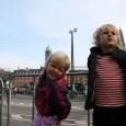 Så oprandt dagen! VM i København/Rudersdal er i gang. Og her til morgen tog jeg mine unger under armen og bevægede mig mod Rådhuspladsen for at få et glimt af […]